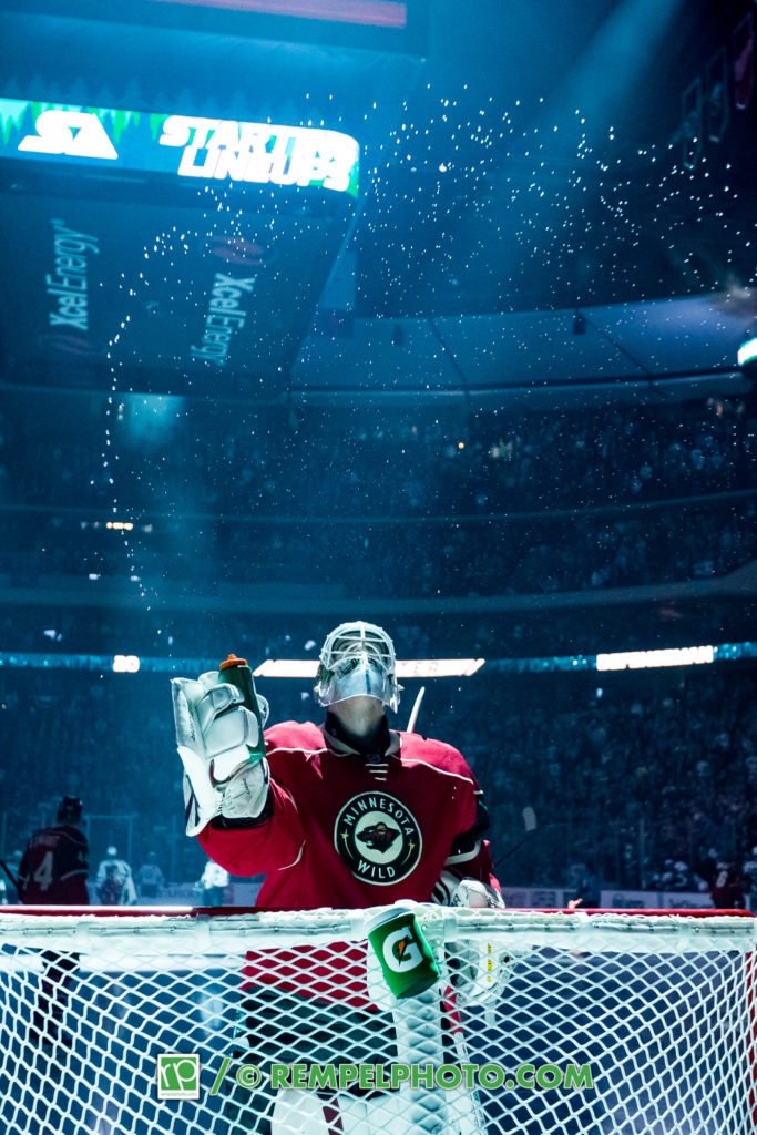 Minnesota Wild goalie Devan Dubnyk (40)